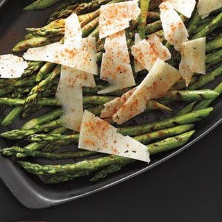 Grilled Asparagus With Manchego