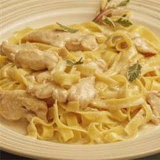 Slow Cooker Chicken Alfredo.