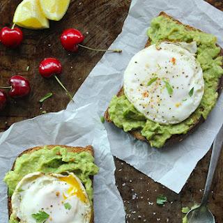 Skinny Fried Egg and Avocado Toast Recipe