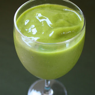 Mango, Banana and Spinach Smoothie.