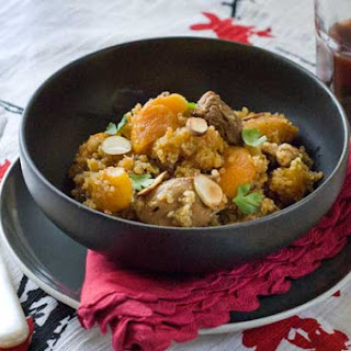 Gluten Free Moroccan Skillet Quinoa and Chicken.