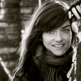 Smile me... by Georgios Kalogeropoulos - Black & White Portraits & People