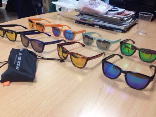 vari design diventa nuovo sito affidabile Hawkers: gli occhiali a