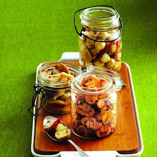 Marinated Mushrooms with Shallots and Thyme Recipe