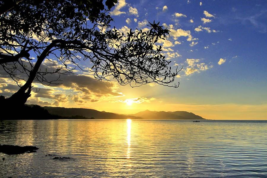 siluet by Ipin Utoyo - Landscapes Sunsets & Sunrises