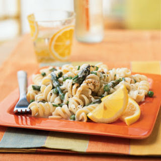 Pasta with Lemon Cream Sauce, Asparagus, and Peas