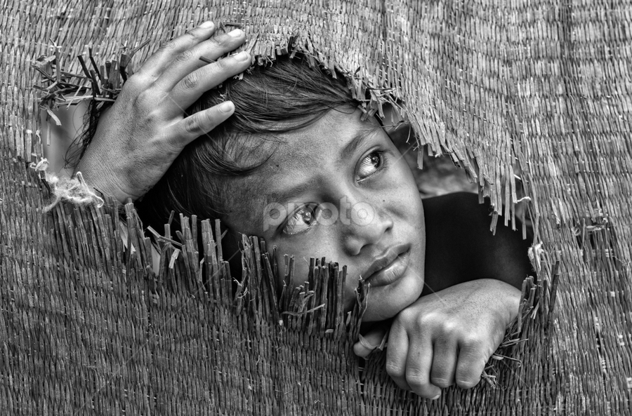 I see the world here. by Djeff Act - Babies & Children Child Portraits (  )