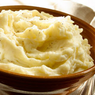 Super-moist & Creamy Mashed Potatoes.