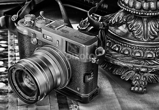 Fuji X100s | Objects & Still Life | Black & White | Pixoto