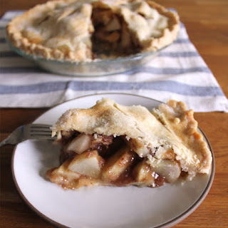Apple Pear Pie with a Heart-Healthy Crust