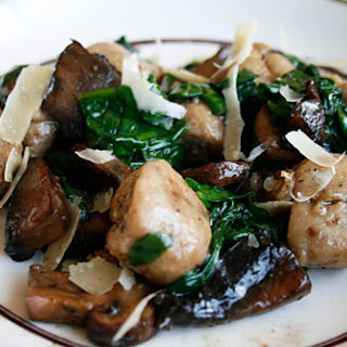 Mushroom Gnocchi With Sauteed Spinach & Mushroom Topping