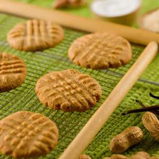 GET RAW Peanut Butter Cookies.