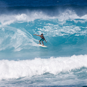 surf Maui Style by Manuel Balesteri - Sports & Fitness Other Sports ( ride, water, balance, beach blue, action, hotdog, wave.ocean, surf, board, Free, Freedom, Inspire, Inspiring, Inspirational, Emotion )