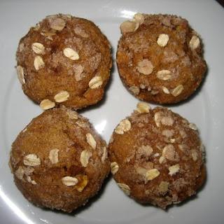 Pumpkin Apple Muffins with Cinnamon Streusel.