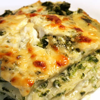 Creamy Perfection Vegetarian Lasagna with Ricotta Cheese.