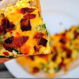 Breakfast Pita Pizza