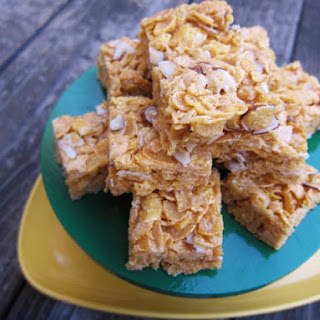 Easy Almond Cereal Bars