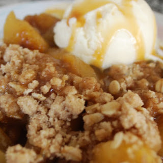 Pear, Candied Ginger and Apple Streussel Crumble