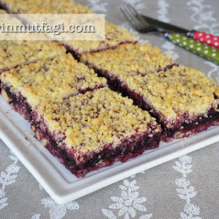 Black Mulberry Crumble Bar.