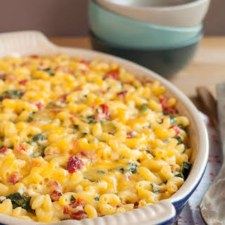 Baked Macaroni & Cheese with Spinach & Red Peppers.