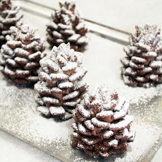 Quick + Easy Snowy Chocolate Pinecones